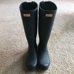 Hunter Back Adjustable Boots